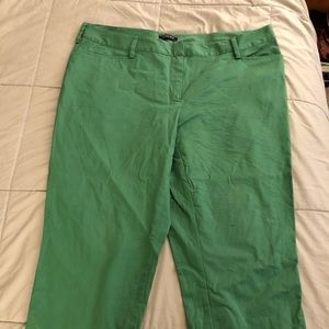 Lands end cropped green slacks pants